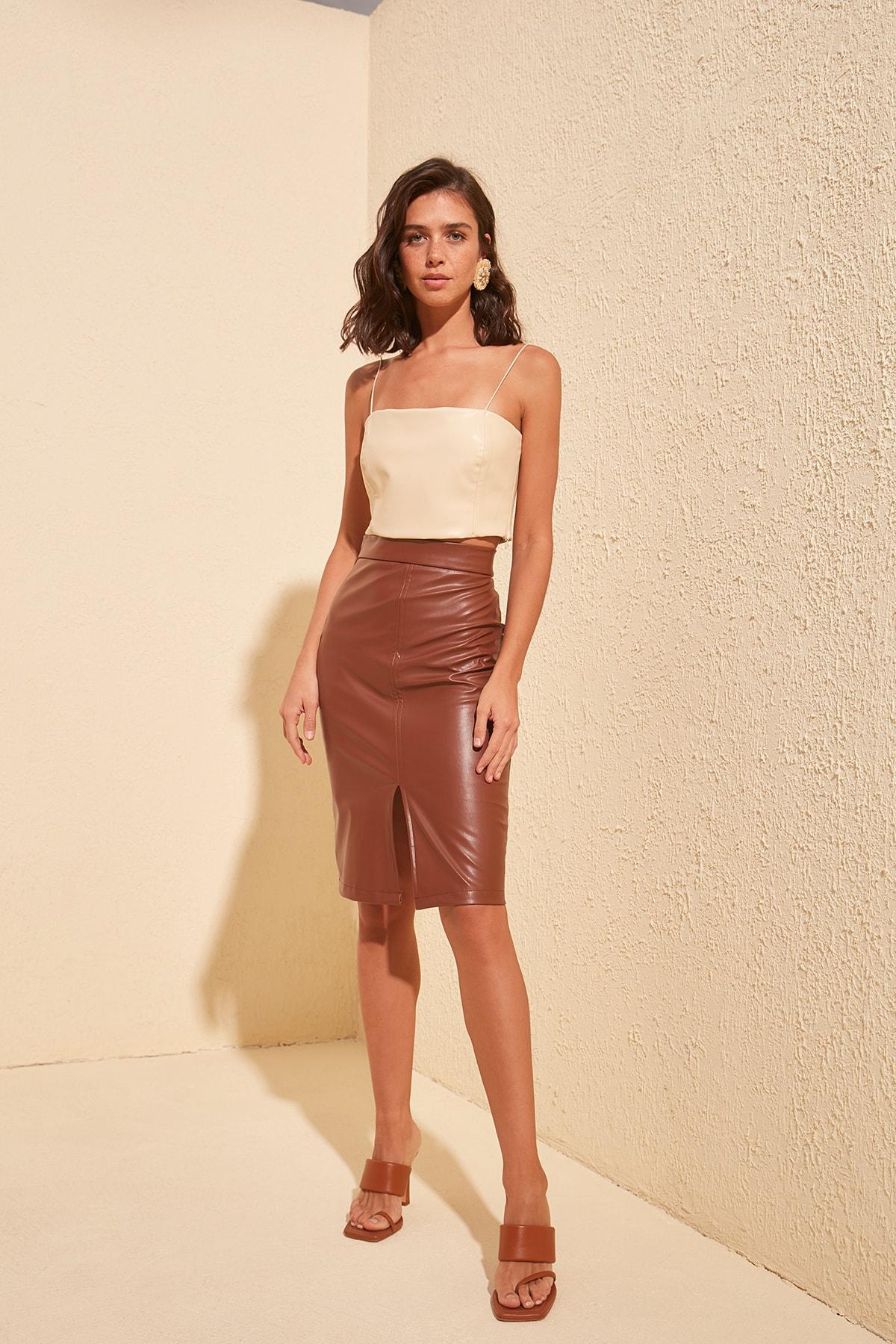 Trendyol Slash Detailed Skirt TWOSS20ET0490