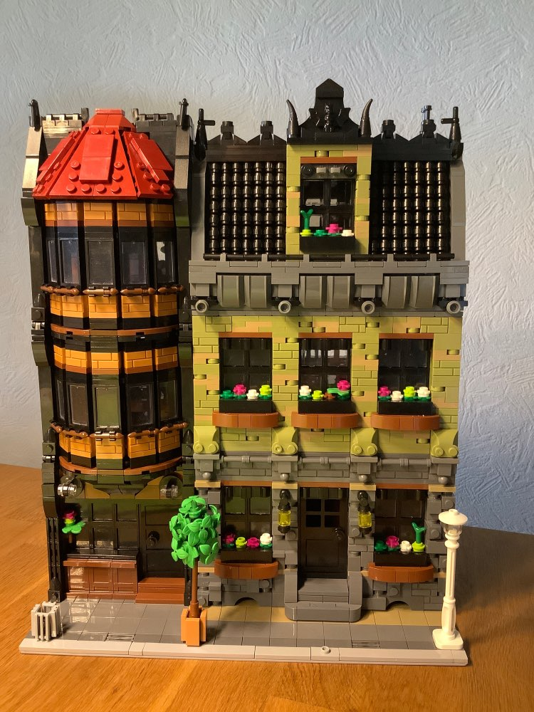 4629Pcs MOC-45758 Modular Olive Mansion&Pub Architectural Bricks Street View Building Block Kit (Licensed by Peeters Kevin) photo review