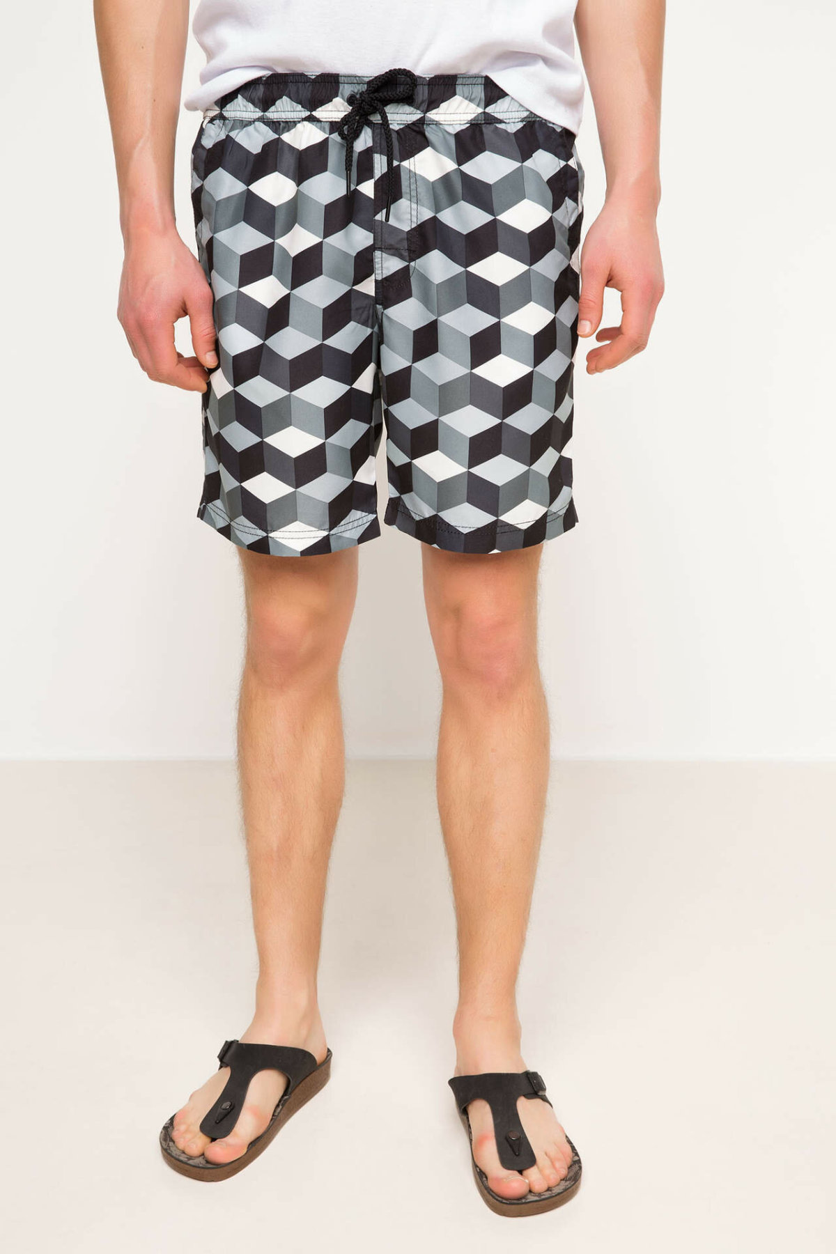 DeFacto Man Summer Casual Shorts Men Black White Plaid Shorts Male Elastic Woven Swimming Short-G7330AZ17HS