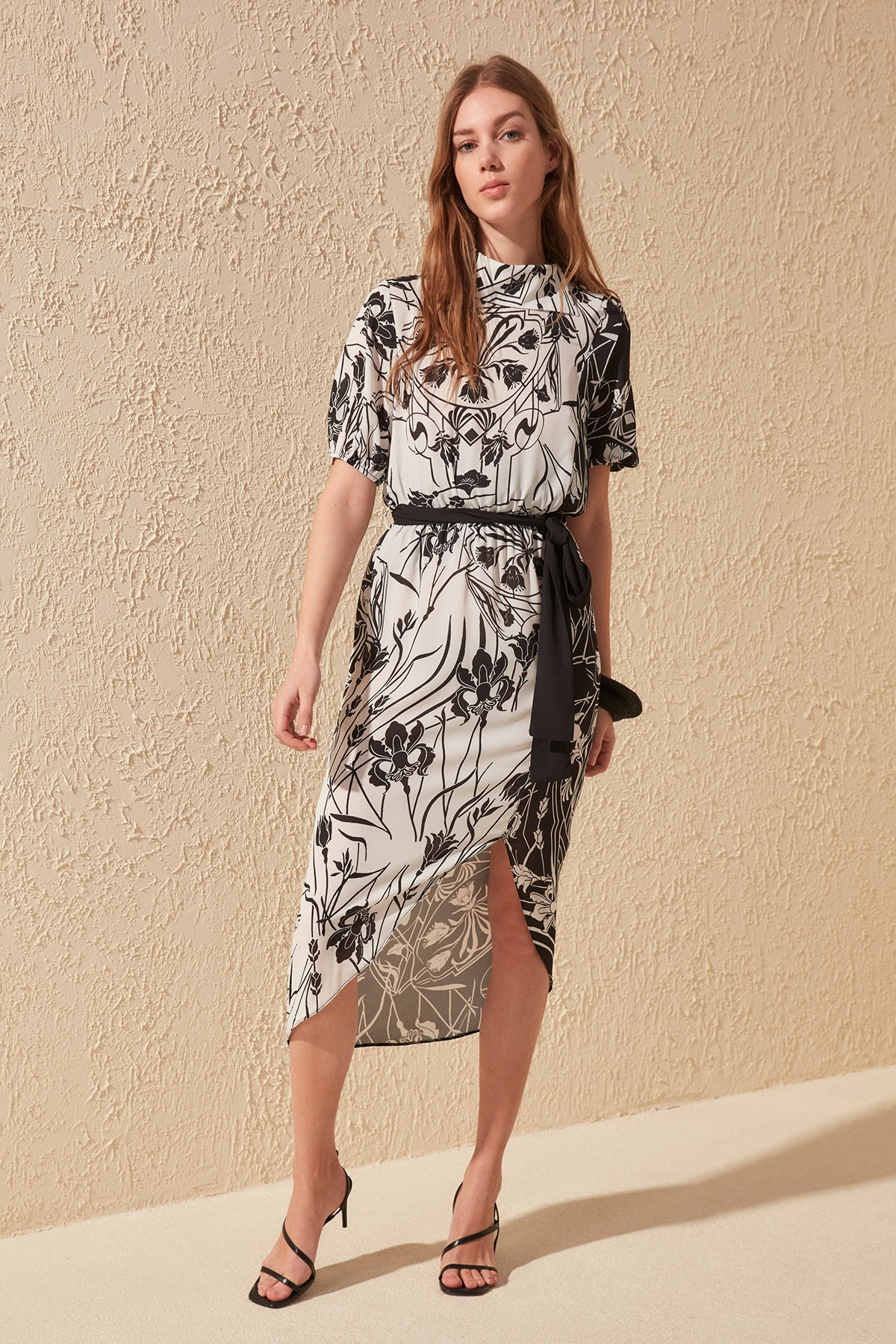 Trendyol Belted Print Dress TWOSS20EL0395