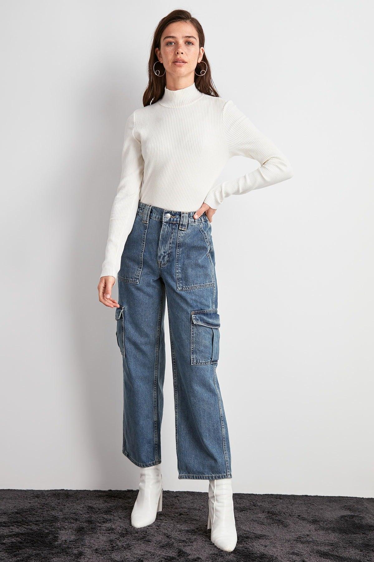 Trendyol High Waist Cargo Jeans TWOAW20JE0481