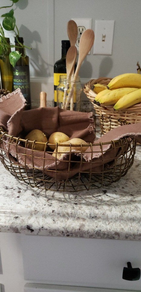 Vintage Wrought Iron Nordic Style Basket photo review