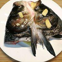 """#美食说出""""新年好""""#在***做,比店里的好吃~剁椒鱼头的做法图解3"""