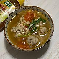 #太太乐鲜鸡汁芝麻香油#番茄鸡肉丸子汤的做法图解7