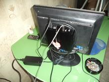Works immediately from the box. When installed on the back of the monitor does not heat at