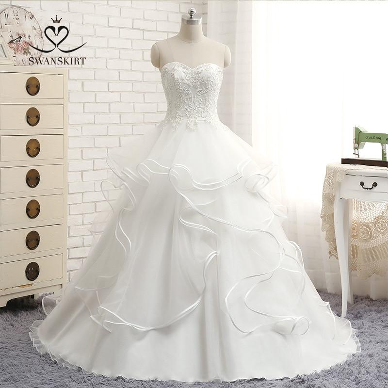 Appliques Wedding Dress 2020 New Swanskirt Scoop Beaded Ball Gown With Sleeve Princess Button Bridal Gown Vestido De Noiva 001
