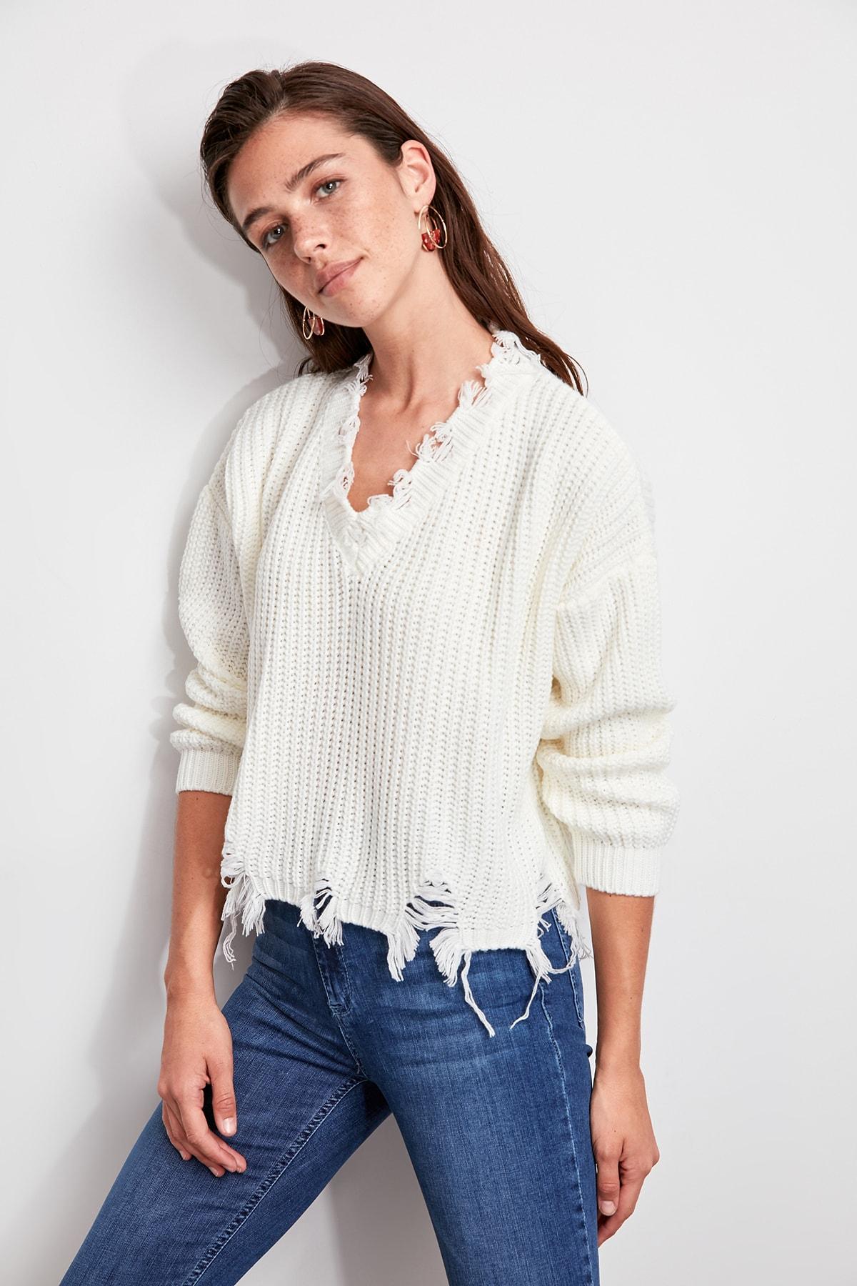 Trendyol Ecru Tassels Sweater Sweater TWOAW20FV0045