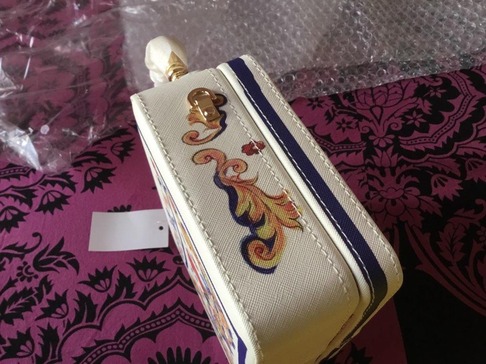 -- Boutique Crossbody Cerâmica