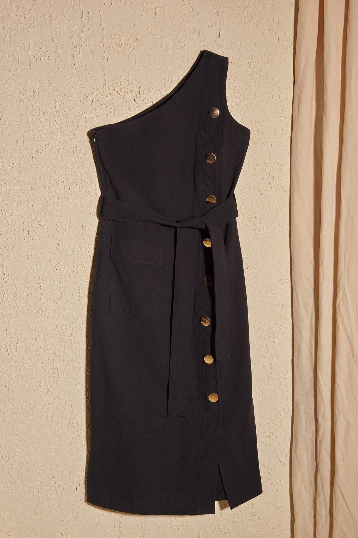 Trendyol Belted Button Detail Dress TWOSS20EL2785
