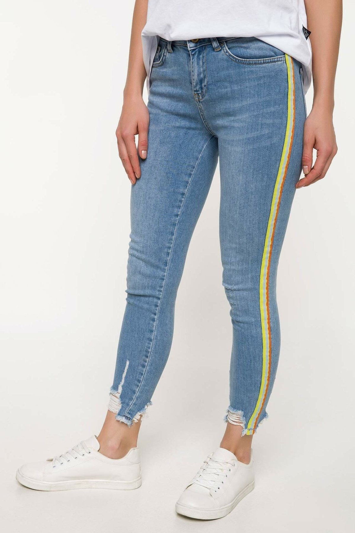 DeFacto Casual Woman Light Blue Denim Jeans Mid-waist Skinny Ninth Pants Mom Jeans Stretch Ankle Pencil Trousers-J2014AZ18SM