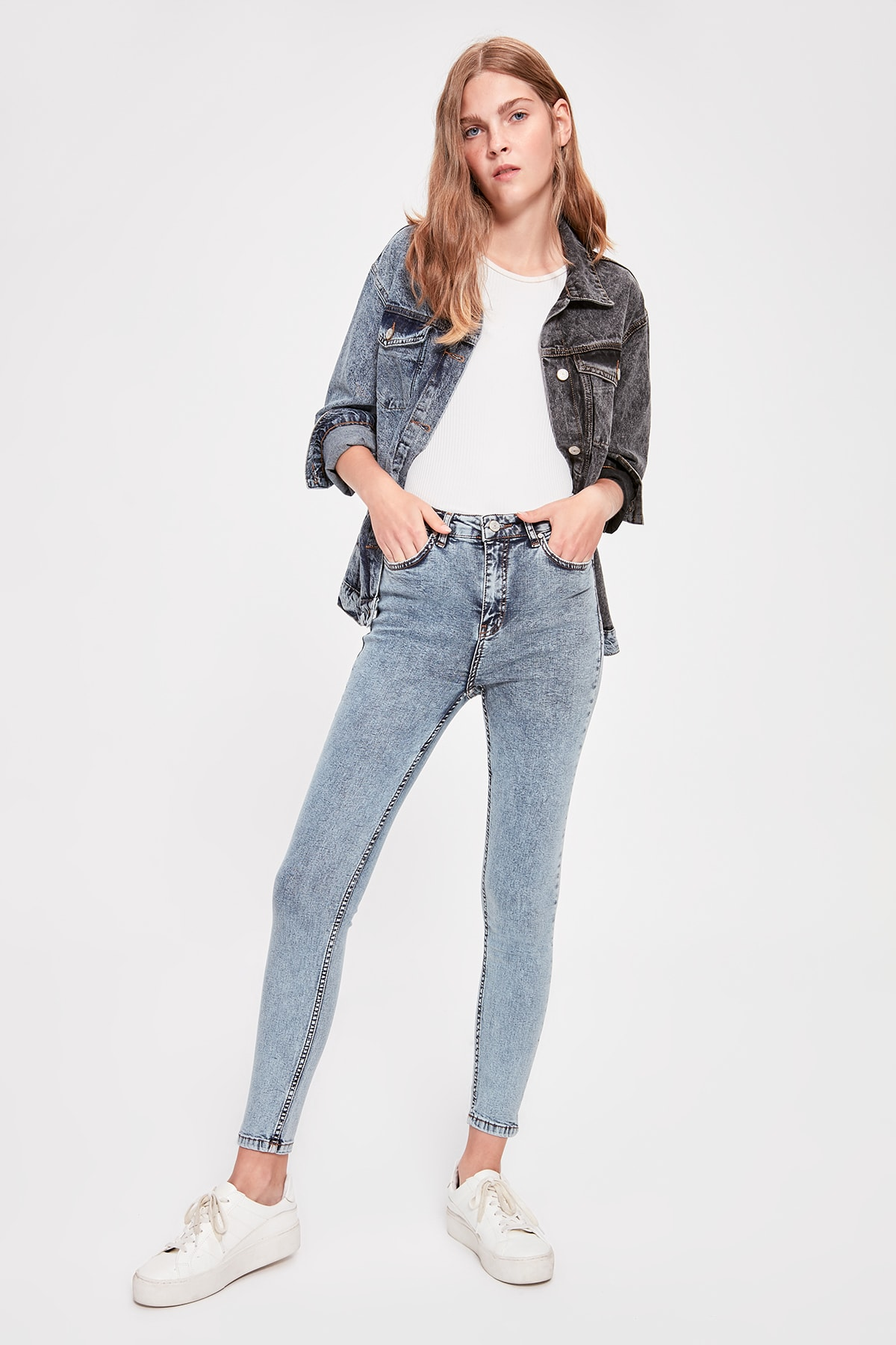Trendyol Blue-Flushing High Waist Skinny Jeans TWOAW20JE0064