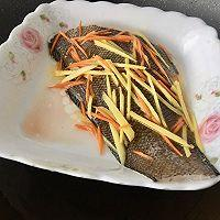 #太太乐鲜鸡汁芝麻香油#清蒸龙舌鱼的做法图解4