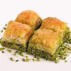 Baklava, Baklava turca con pistacho, pastelería fresca de uso diario