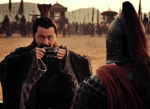 三国时期,曹操和袁绍之间的关系是怎样的?为什么双方关系破裂,官渡决一雌雄?