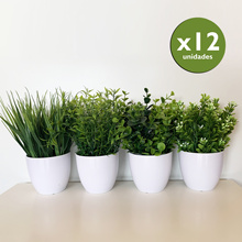 Pack 12 assorted artificial plants 23 cm with flower pot