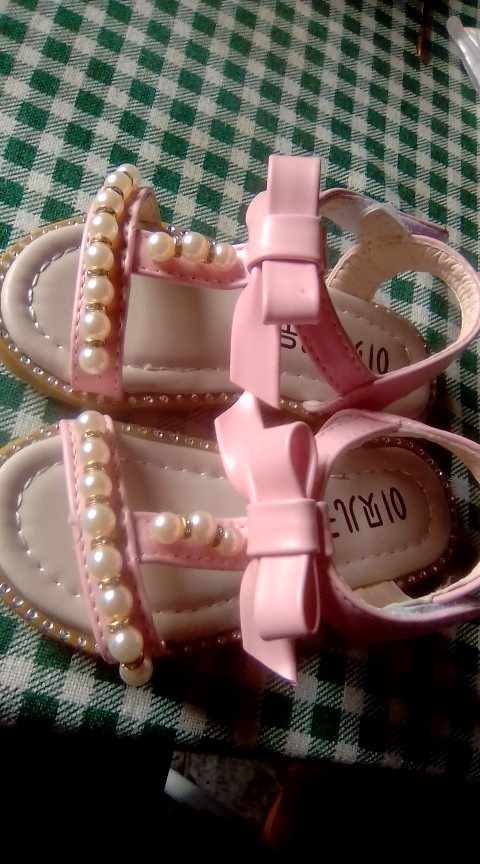 -- Sandálias Bonito Meninas