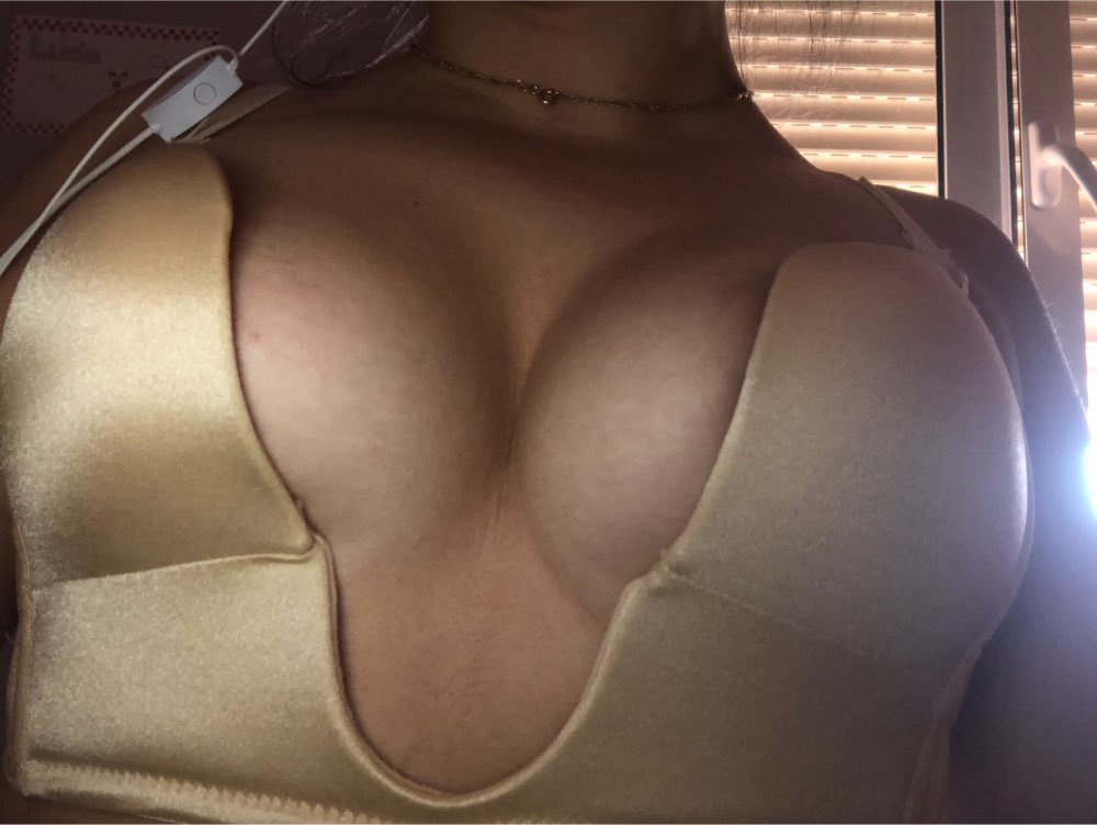 Push Up Bra For Low Cut Dress photo review