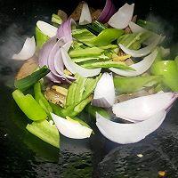 青椒炒猪杂的做法图解8