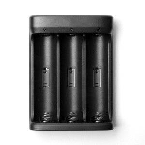 Image 4 - ZHIYUN cargador de batería oficial 18650, 3 ranuras para batería 18650 para grúa 2, estabilizador de mano, cardán, Color negro