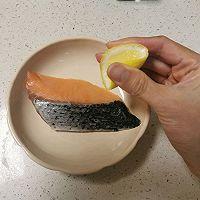 温暖治愈 日式三文鱼梅子茶泡饭的做法图解2