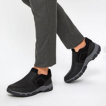 FLO 9PR LUTER czarnych męskich wsuwanych butów KINETIX tanie i dobre opinie Sztuczna skóra