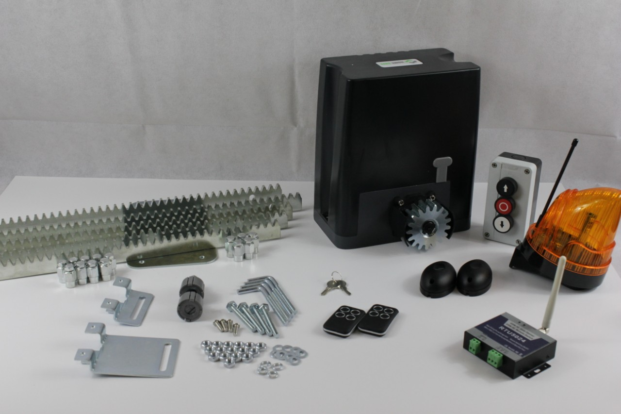 Drive kit DKC500ACP with mounting plate, GSM module, photocells, button, warning lamp and toothed steel rail