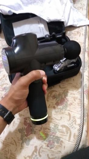 Pistola Massageadora Phoenix 2.0 Profissional para Liberação Muscular Miofacial e Relaxamento Prata photo review