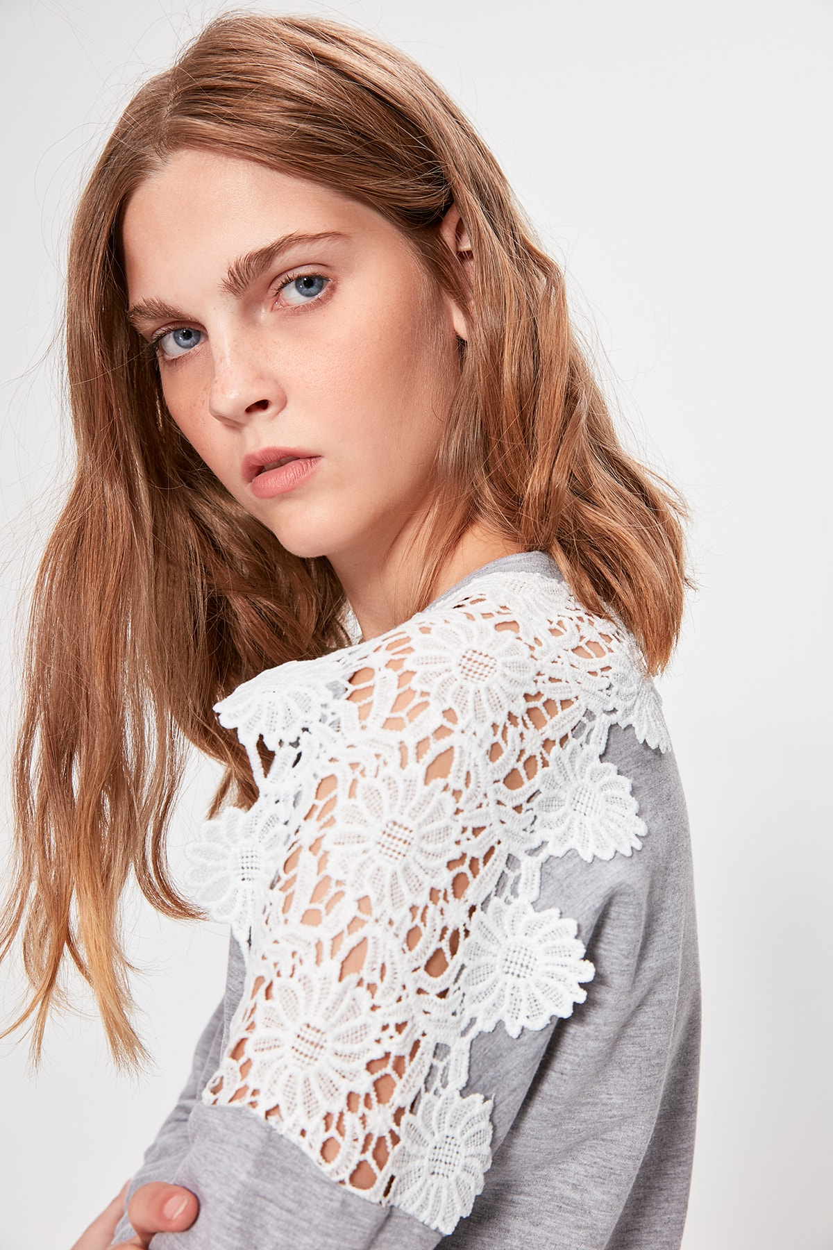 Trendyol Gray Ruched Basic Knitted Sweatshirt TWOAW20SW0310