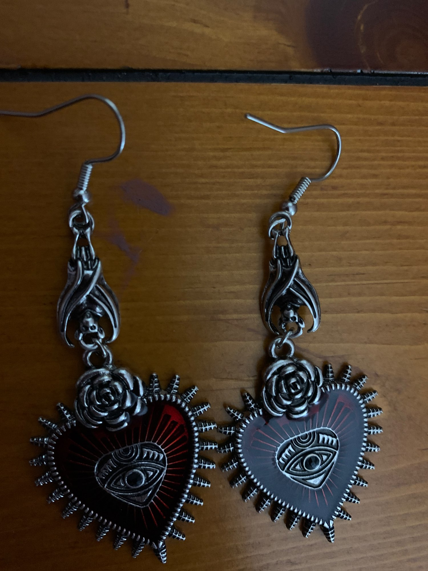 E-girl E-boy Gothic Occult Dark Drop Earring with Blood Rose Heart photo review