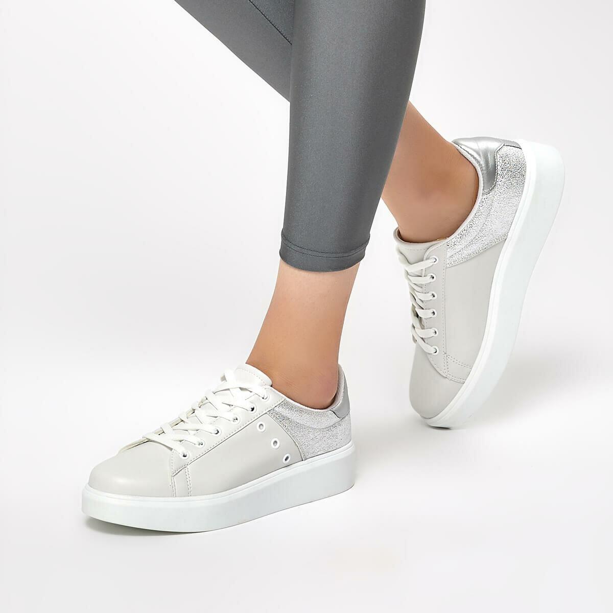 FLO 91. 313315.Z White Women 'S Shoes Polaris