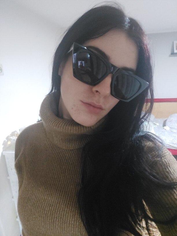 Classic Female Vintage Luxury Sunglasses UV400 photo review