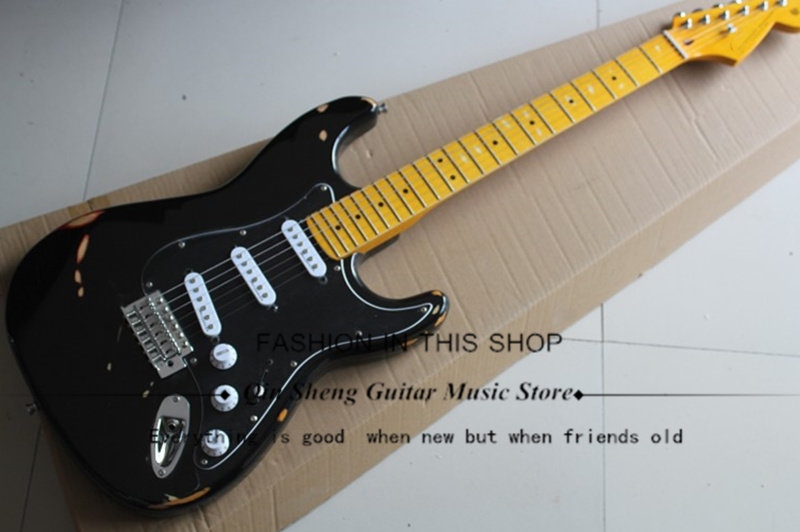 Black Electric Guitar With Imitating Old Body,st Sss Pickups, Yellow Maple Fretboard,chrome Hardware,free Shipping Soft And Antislippery