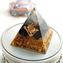 Orgonite Pyramid Muladhara Chakra Obsidian Natural Crystal Repel Evil Spirits Pyramid Decoration Process Resin Gift