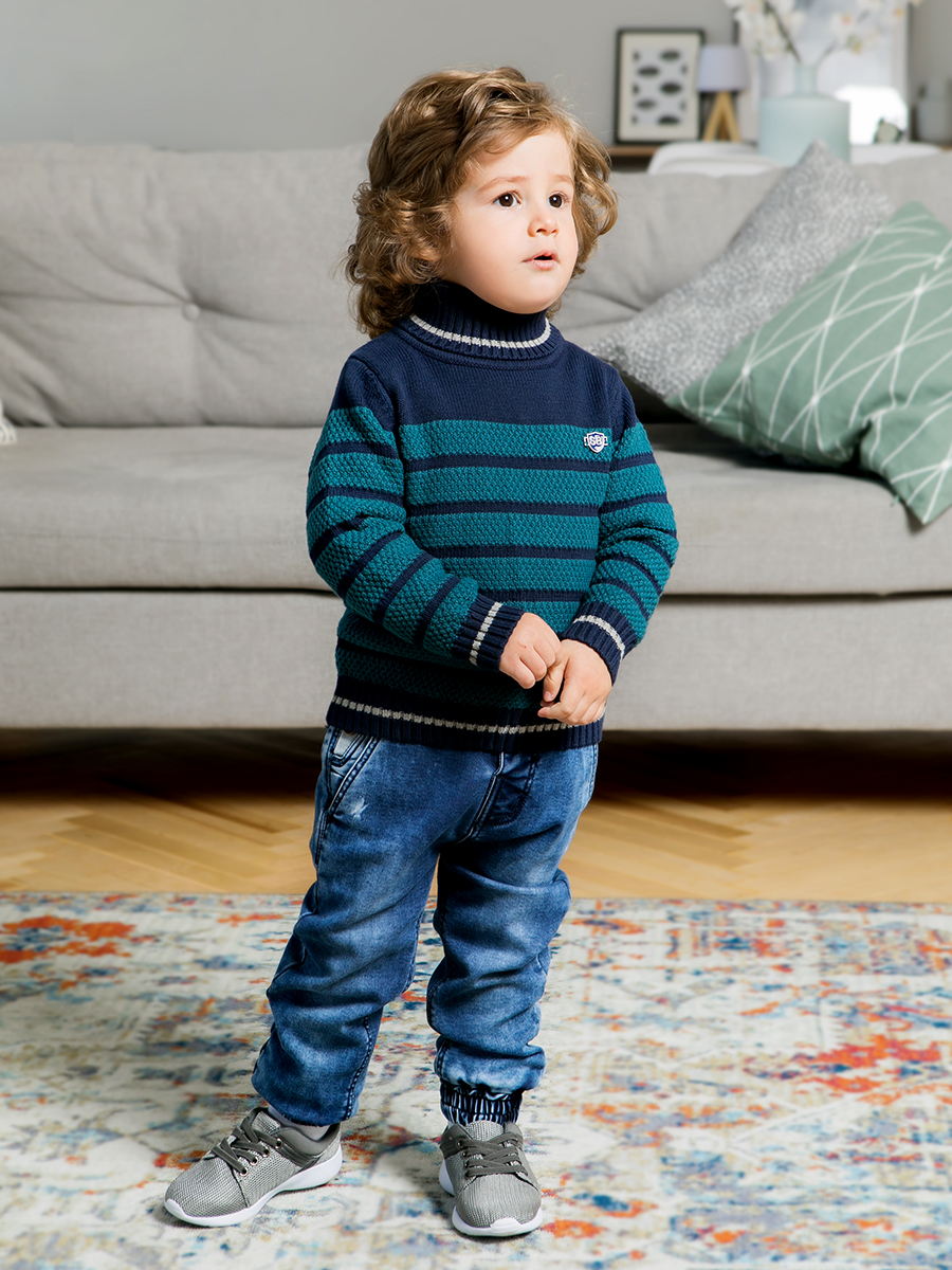 Sweater knitwear for boys ribbed lace up knitwear