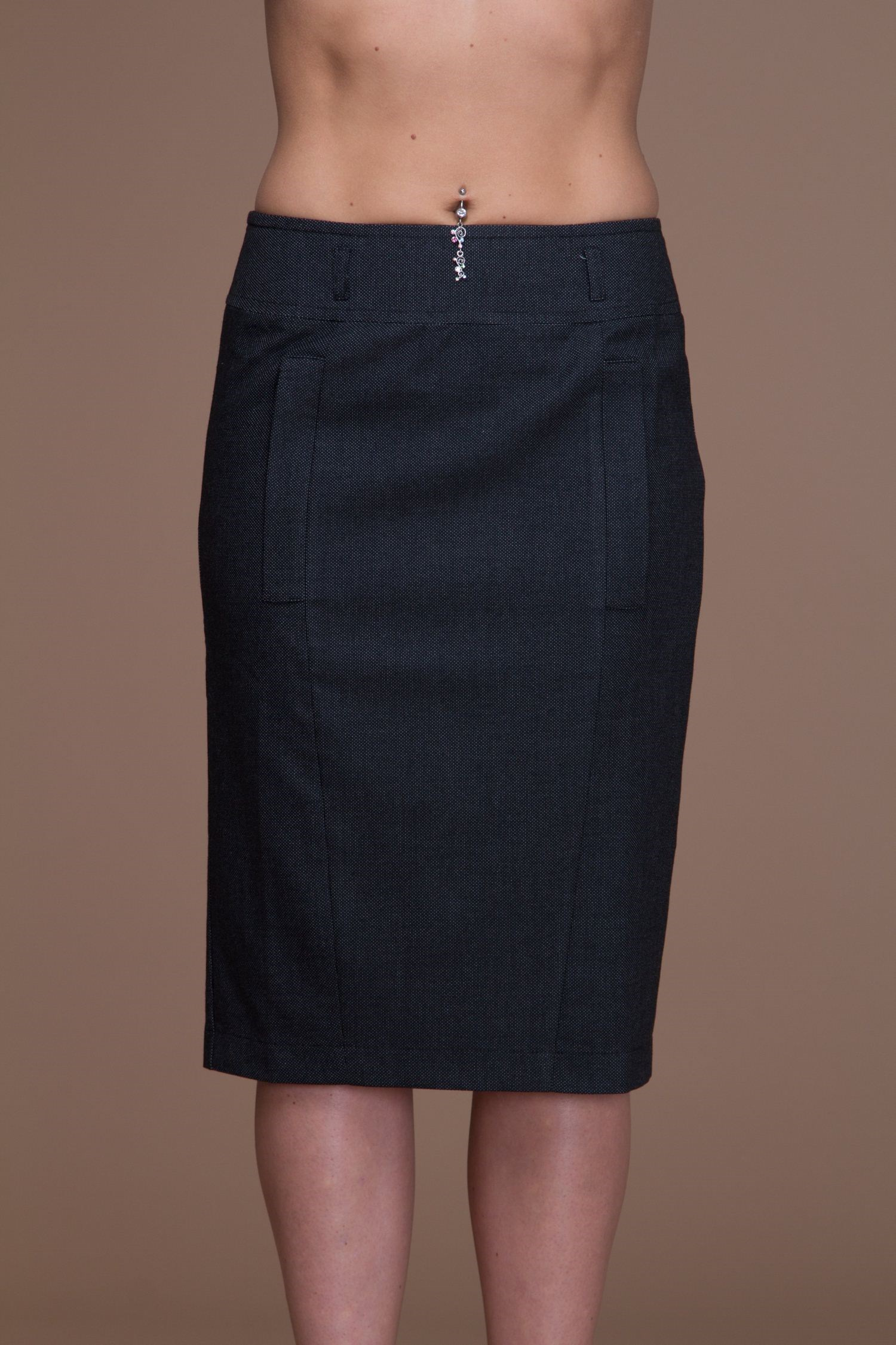 Office skirt with pockets and zipper in the back. glen plaid zip back skirt