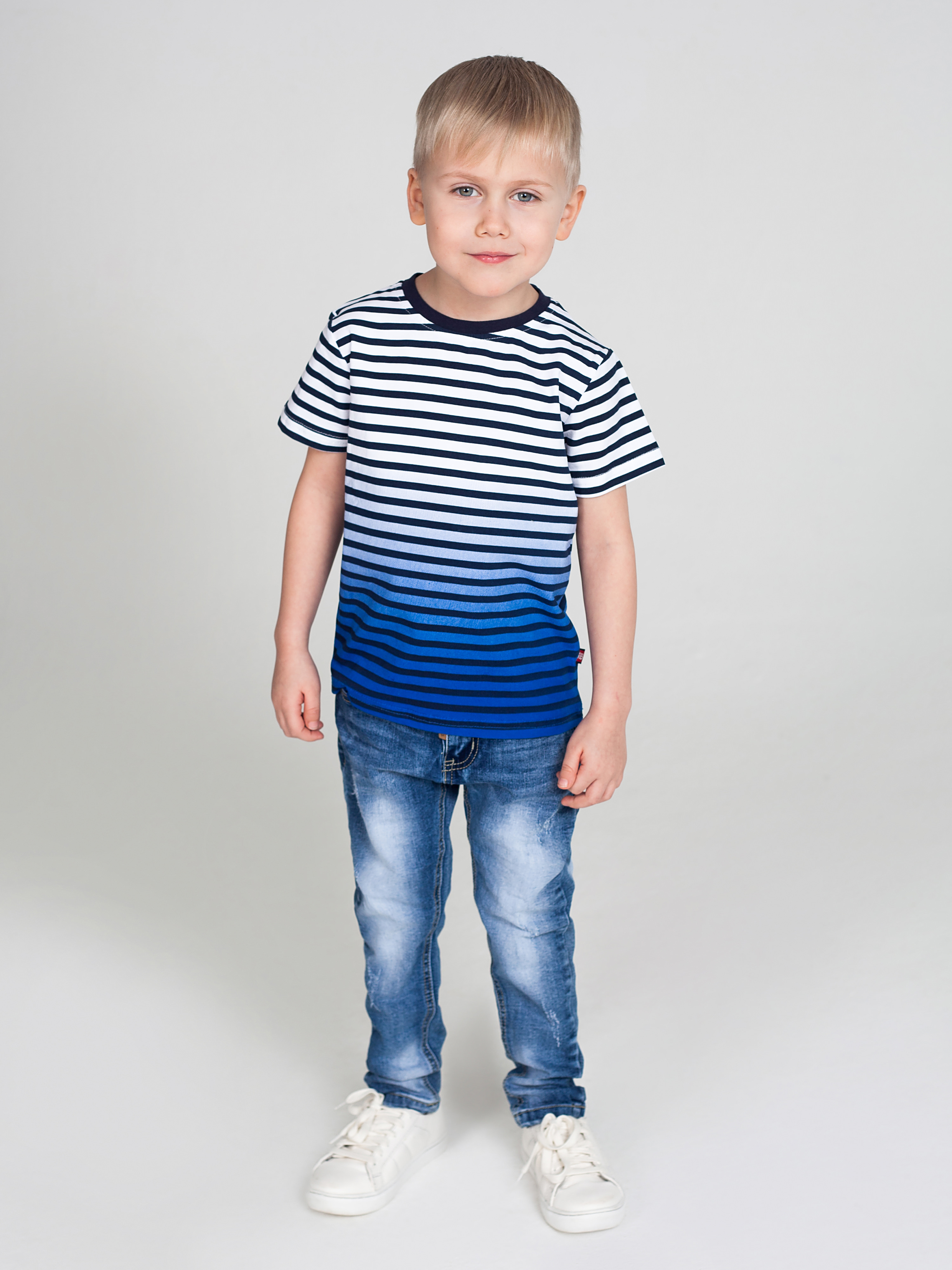 Denim pants for boys zip fly ripped denim cropped pants for men