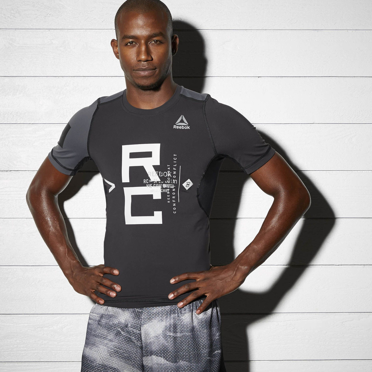 T-Shirt REEBOK BP8867 sports and entertainment for men round neck 3d tiger and star print long sleeve t shirt for men