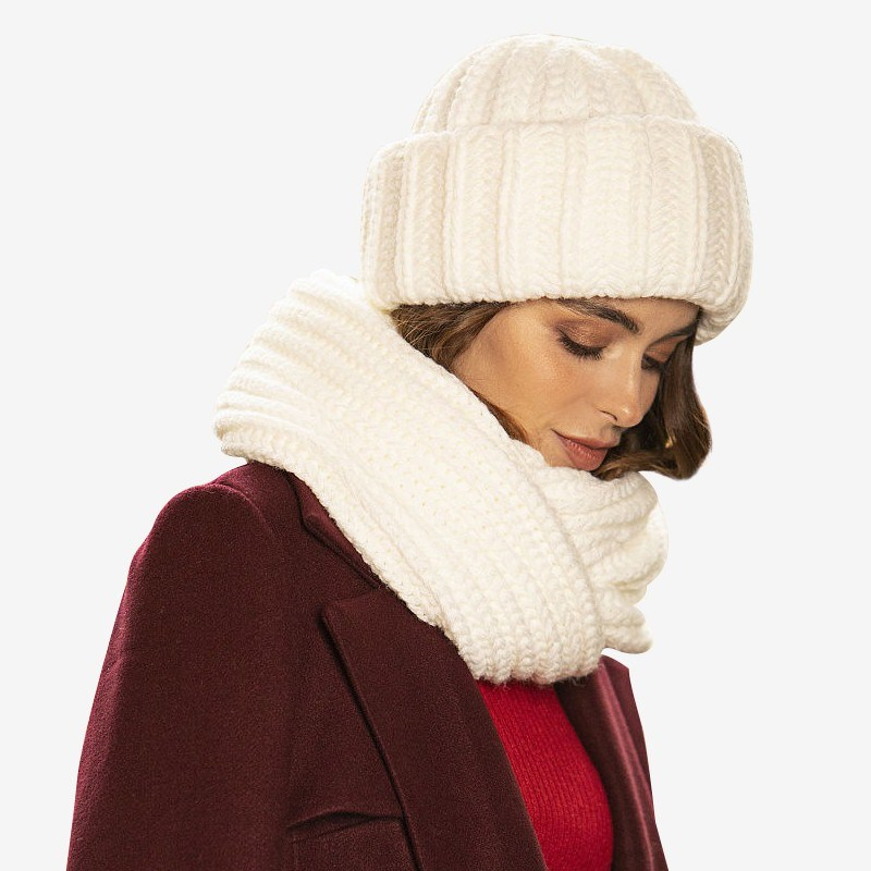 Set hat + scarf Color white chic newspaper pattern color block square scarf for women