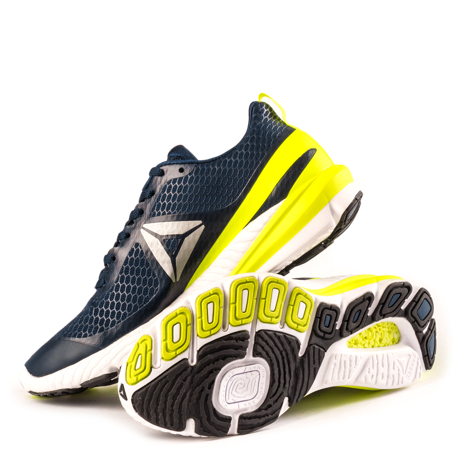 Available from 10.11 REEBOK running shoes BD4630