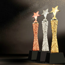 Creative Height Crystal Trophy Five-pointed Star Metal Trophy Team Competition Trophy Cup Glory Witness Souvenir And Decorations high quality crown resin trophy champion trophy custom king glory trophy souvenir free shipping