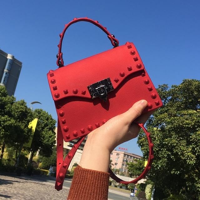237c066d42907 Kadın postacı çantası Lüks Çanta kadın çanta 2019 Tasarımcı Jöle Moda Şeker  Renk omuzdan askili Dişiler pvc plaj