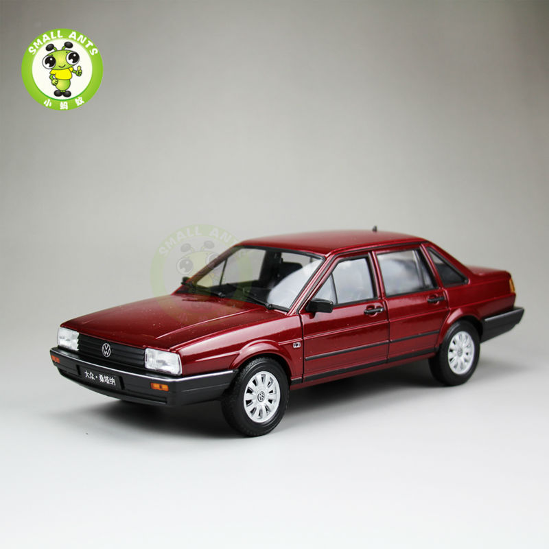 1:18 Scale VW Volkswagen Santana,Passat B2 Diecast Car Model Toys,Welly FX models Red