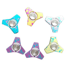 2017 New Fidget Hand Tri font b Spinner b font toys Camouflage Aluminum Alloy for adult