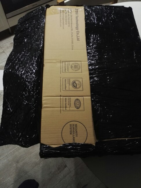 в работе пока не проверял, допишу если что-то не так..по качеству съемки ничего сказать не могу... но скорость доставки!!!! заказал 12.11 доставили курьером до двери 15.11!!!)) упаковка не нарушена, комплект как в описании. советую продавца!!