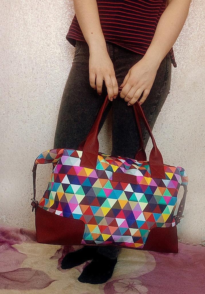 Яркая дорожная сумка с Алиэкспресс