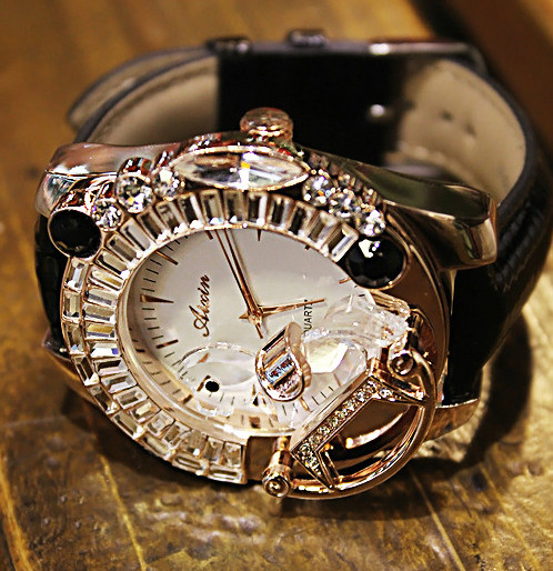 Fashion Luxury Women Watches Crystal Rhinestone Diamond Lady Watch Large Dial Genuine Leather Band Watch Bracelet Wristwatches