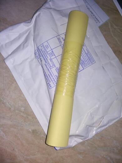товар пришел быстро, за 20 дней. бумага не помятая, края ровные, качество самого материала проверю уже в работе.