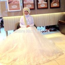 MZY702 ivory white satin tulle lace beads long sleeve muslim wedding dress bridal gown with hijab