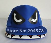бесплатная доставка очень крутой акула рот, четыре цвета, хип-хоп шляпы, плоские шапки с собой