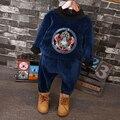 2016 Новый Зимний Мальчиков с длинными рукавами свитер вышитые с длинными рукавами брючный костюм два движения Для 2-7лет Старый